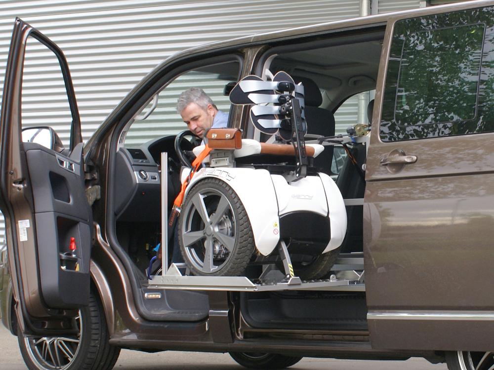 scooterboy pour le chargement lat ral de votre fauteuil l ctrique. Black Bedroom Furniture Sets. Home Design Ideas